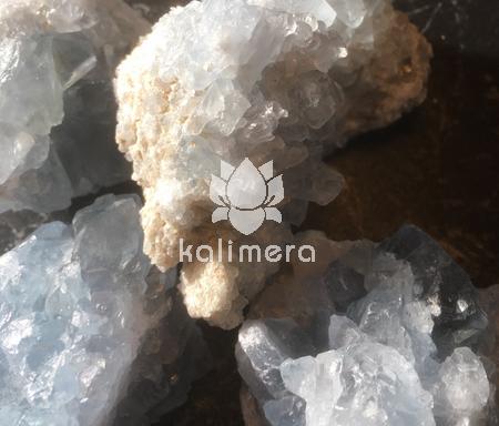 Celestinen - Den himmelske krystallen brukes til å kontakte skytsengelen og utvikle synke evner-0