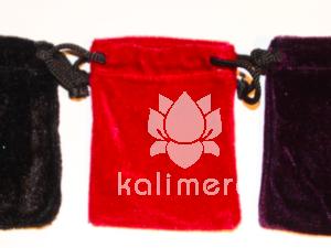 Rød fløyelspose til stener-0